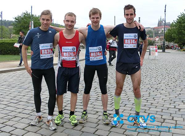 Štafeta VŠE na pražském maratonu 2015 obhájila 2. místo