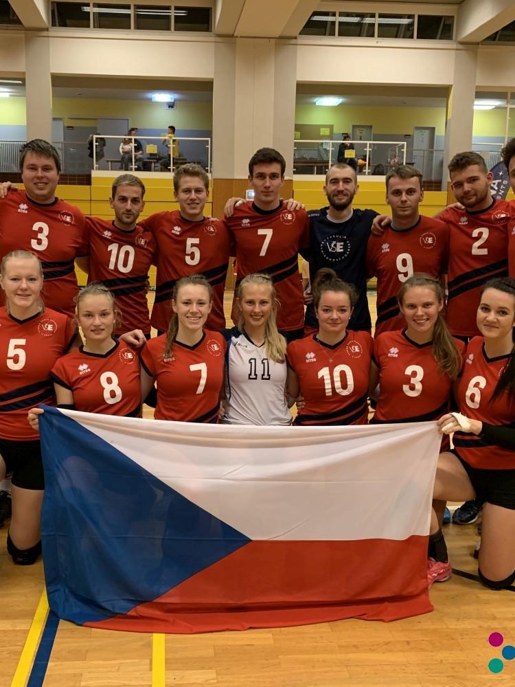 Medailové úspěchy volejbalové reprezentace VŠE na turnaji Euroijada 2019 v Berlíně